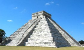 The Pyramid of Kukulcan or El Castillo at Chich�n Izt� - by David Hammer